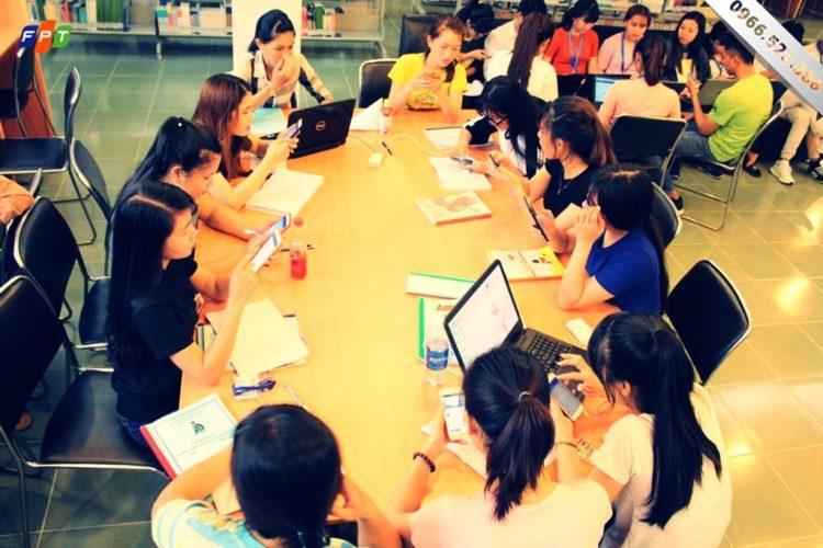 Lắp mạng FPT sinh viên