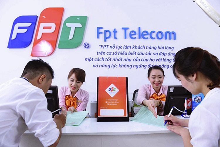 Tổng đài mạng FPT - Lapmang24h.com